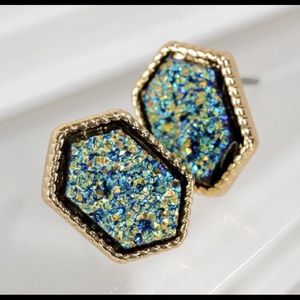 Beautiful Teal and Gold Druzy Earrings NEW
